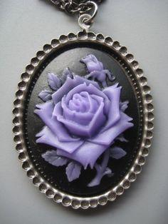 Lilac Cameo