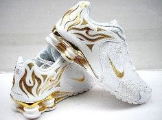 I love the style of shoes