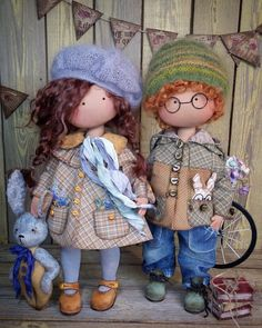 Simple Fabric Crafts You Can Make From Scraps - Diy Crafts Fabric Dolls, Paper Dolls, Felt Doll Patterns, Patchwork Baby, Sewing Dolls, Waldorf Dolls, Soft Dolls, Doll Crafts, Miniature Dolls