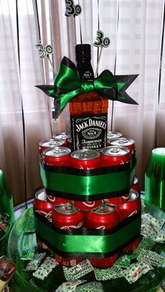 Jack and coke cake! Birthday Presents For Men, 40th Birthday Parties, Diy Birthday, Birthday Gifts, Liquor Gift Baskets, Raffle Baskets, Homemade Christmas Gifts, Homemade Gifts, Diy Gifts