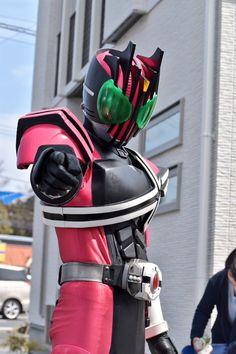 仮面ライダーディケイド Kamen Rider Decade, Kamen Rider Series, Power Rangers, Gundam, Cosplay, Poses, Superhero, Pegasus, Raiders