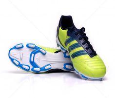 Botas de fútbol Adidas Predator Absolion TRX FG JUNIOR | Lime 59,00€ (V23599) #botas #futbol #adidas #soccer #boots #football #footballprice