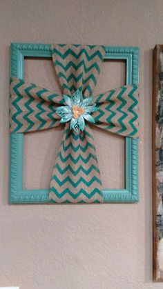 Burlap cross made with a repurposed picture frame, DIY, Easter crafts, spring crafts #Eastercrafts