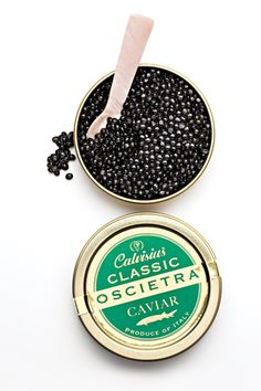 Regal Roe: Calvisius Caviar from Italy Salmon Roe, Champagne Bar, Luxury Food, Hors D'oeuvres, Coffee Design, Types Of Food, Fish And Seafood, Food Design, Gourmet