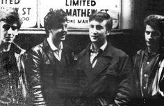 "roseteyra: "" Rare pic of Pre-Beatles George Harrison Paul McCartney, John Lennon and Pete Best in Liverpool. Ringo Starr, Beatles Photos, The Beatles, Beatles Guitar, Beatles Band, John Lennon, The Quarrymen, Liverpool Town, Lennon And Mccartney"