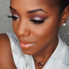 Bbbaaaaaeeee  repost @ellarie in Birthday Girl on her lid  #ColourPopTurns1