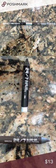 "NWOT!  Urban Decay 24/7 Duo Eyeliner Pencil NWOT!  Urban Decay 24/7 Duo Eyeliner Pencil.  Colors are ""Zero"" (black) and ""Demolition"" (brown).  Never used or tested.  Never even opened until I took these pictures! Great eyeliner that glides in and stays on! Urban Decay Makeup Eyeliner"