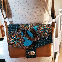 Lylie sur Instagram: J'ai enfin fini de coudre le sac menuet de #sacotin pour offrir à ma belle-mère. J'ai du mal à trouver du temps pour coudre... Il est cousu…