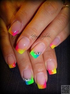 New french manicure designs summer nailart nails magazine ideas Crazy Nails, Love Nails, How To Do Nails, Pretty Nails, Neon Nail Art, Neon Nails, Diy Nails, French Nails, Rainbow Nails