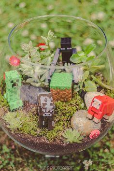 I finally made! Minecraft t My terrarium I finally made! Minecraft t, My terrarium I finally made! Minecraft t,terrarium I finally made! Minecraft t My terrarium I finally made! Minecraft t, My terrarium I finally made! Minecraft t, Minecraft Bedroom Decor, Minecraft Decorations, Minecraft Furniture, Lego Bedroom, Minecraft Room, Minecraft Crafts, Minecraft Skins, Minecraft Buildings, Mine Minecraft