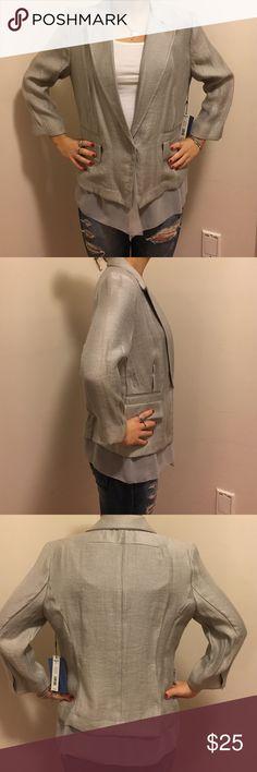 Simply Vera Wang shimmery, chiffon blazer! Vera wang blazer, new with tags! Amazing piece! Looks great with jeans! Simply Vera Vera Wang Jackets & Coats Blazers