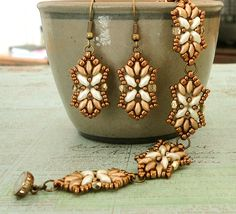Linda's Crafty Inspirations: Tampa Earrings & Bracelet Set