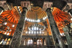 Love this image of the Hagia Sophia in Istanbul! St Sophie, Turkey Tour Packages, Hagia Sophia Istanbul, Roman Columns, Ephesus, Small Group Tours, Istanbul Turkey, Travel Agency, Panda