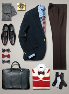 Things Organized Neatly - for some reason, i like the way the pants and shirt/jacket are laying. It looks like a logo in the making. Look Fashion, Mens Fashion, Style Finder, Men's Wardrobe, Travel Wardrobe, Wardrobe Ideas, Well Dressed Men, Gentleman Style, Modern Gentleman
