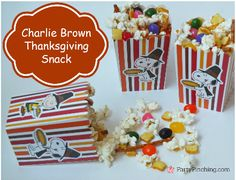 Charlie Brown Thanksgiving snack mix, Peanuts snack mix, Snoopy snack, easy Thanksgiving ideas for kids Peanuts Thanksgiving, Charlie Brown Thanksgiving, Charlie Brown Halloween, Thanksgiving Snacks, Snoopy Party, Cute Food, Holiday Recipes, November, Crunch Cereal