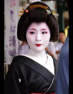 Geiko Mameharu - Retired on May 24th, 2013