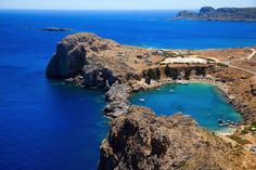 Things to do in Rhodes: significant attractions, beautiful beaches, and spectacular natural beauty abound on this island in the Dodecanese. Greece Holiday, Most Beautiful Beaches, Archaeological Site, Greek Islands, Rhodes, Homeland, Where To Go, Countryside, Travel Destinations