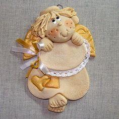 masa solna - Buscar con Google Salt Dough Crafts, Salt Dough Ornaments, Clay Ornaments, Crafts To Do, Christmas Crafts, Clay Angel, Cinnamon Ornaments, Handmade Angels, Kids Clay