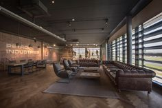 Petrol Industries office and show room by VDS Conceptdesign, Tilburg – The Netherlands