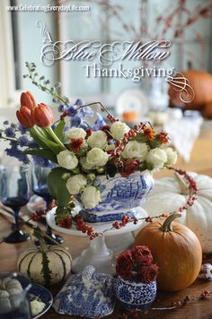 A Blue Willow Thanksgiving : Thanksgiving Table Inspiration | Celebrating everyday life with Jennifer Carroll