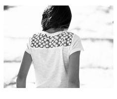 Look printemps-été 2014 IKKS : tee-shirt fille avec dentelle au dos