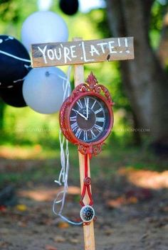 Perfect Decorations and Activities for Alice in Wonderland Birthday Parties!