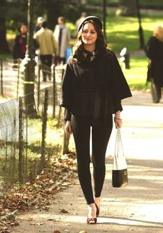 Outfits and Looks, Ideas & Inspiration Blair Waldorf - Gossip Girl - Go to Source - Gossip Girls, Mode Gossip Girl, Estilo Gossip Girl, Gossip Girl Outfits, Gossip Girl Fashion, Look Fashion, Womens Fashion, Gossip Girl Style, Fall Fashion
