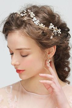 Shop affordable Western Style Delicate Exquisite Hand-flower Vine Pearl Hair With Ear Clip Set at June Bridals! Over 8000 Chic wedding, bridesmaid, prom dresses & more are on hot sale. Hand Flowers, Flowering Vines, Pearl Hair, Chic Wedding, Wedding Stuff, Bridal Hair Accessories, Wedding Hairstyles, Delicate, Pearls