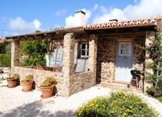 Charming holiday cottage in countryside near the stunning and unspoilt west coast of the Algarve, SW Portugal. More info: http://hideawayportugal.com/modules/property/listing-1081.htm