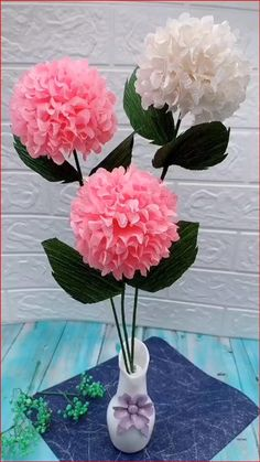 Cool Paper Crafts, Tissue Paper Flowers, Paper Crafts Origami, Origami Art, Diy Paper, Origami Rose, Flowers With Paper, Paper Origami Flowers, Crepe Paper Crafts