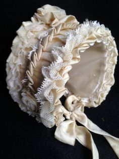 "Antique Reproduction bonnet for dolls. 11"" head. $32.90 USD from Germany on etsy"