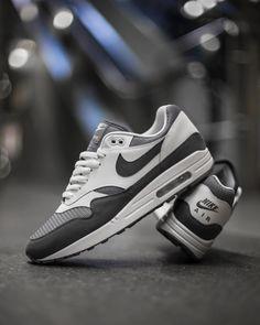 half off 4980c 43d9e 17 Best nike air max hombre images  Originals, Nike boots, N
