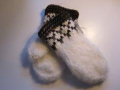 Häxans Stickor: Lovikkavantar för frusna händer Ravelry, Crochet Bebe, Mittens, Needlework, Blog, Gloves, Knitting, Knits, Felting