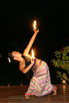Waewdao Sirisook  Traditional Thai and   Contemporary Dance