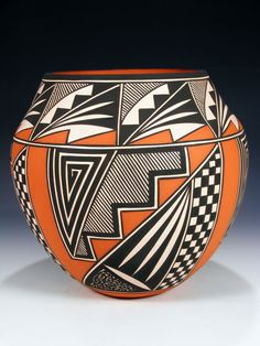 Pottery Patterns, Pottery Designs, Pottery Art, Native American Pottery, Native American Art, Decorative Gourds, Southwestern Art, Pueblo Pottery, Clay Vase