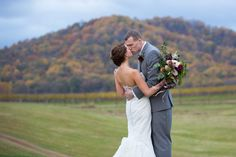 Credit: Jack Looney Photography #Virginiaweddings #Cvilleweddings #ido #weddinginspiration #earlymountain #earlymountainwedding #dreamwedding #weddingreceptionvenue #venue #weddingvenue #mountainwedding #virginiaisforlovers #thatsdarling #stylemepretty #fallcolors #fall #fallwedding