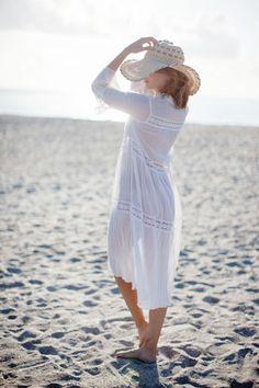 Boudoir & The Beach - Destination Wedding Photographer Beach Photography Poses, Beach Poses, Boudoir Photography, Beach Boudoir, Lingerie, Beach Look, Romances, Girl With Hat, Beautiful Gorgeous
