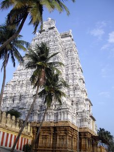 The White Gopuram or gate on the east of Srirangam Temple. It was here several hundred years ago that one of the temple dancing girls, or devidasis, enticed the general of the conquering muslim army to meet with her on the top of the tower. When he arrived, she pushed him off and, to avoid torture, she jumped too. The muslim army left shortly after, leaving the people of this holy location to continue with their regular lives of devotion and service to the temple deity, Sri Ranganathaswamy.