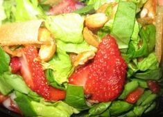Lion House Strawberry Spinach Salad