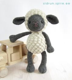 Amigurumi Sheep Pattern - this pattern is not for free
