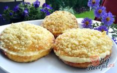 Streuselbrötchen com creme fino * Receitas simples - Baking Recipes, Cravings, Bakery, Cheesecake, Muffin, Good Food, Food And Drink, Favorite Recipes, Bread