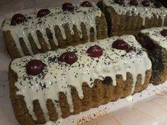 Mákos, meggyes, fehér csokis süti! Már a látványa is elvarázsol! - Egyszerű Gyors Receptek
