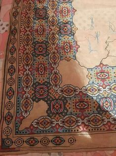 Cross Stitch Embroidery, Cross Stitch Patterns, Cross Stitches, Needlepoint, Bohemian Rug, Projects To Try, Design Inspiration, Tapestry, Rugs