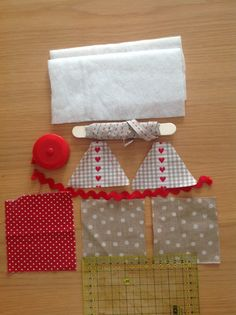 Momentos de Costura: Tutorial casita-cinta métrica Sewing Tutorials, Sewing Crafts, Sewing Projects, Projects To Try, Felt Christmas, Christmas Crafts, Tutorial Patchwork, Diy Y Manualidades, Lavender Bags