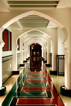 1000 images about dubai on pinterest burj al arab for Dubai hotel interior design