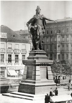 Berlin | Alexanderplatz - Die Berolina. Um 1900.