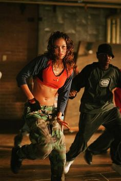 "Jozette costume ideas - When thinking of teen hip hop, I remember all the outfits that I saw the dancers wear in Honey. Dayum, I loved that movie. Think my abs need a bit of work to pull these outfits off ""Jessica Alba style"" though. Jessica Alba, Miley Cyrus, Hip Hop Dance Outfits, Dance Hip Hop, Urban Dance, Style Hip Hop, Dance Movies, Vetement Fashion, Street Dance"