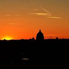 Pôr-do-sol em Roma #piacereitalia #pincio #roma #italia #italy #sunset