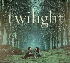 If You Recognize Any Of These 35 Pictures, I'm Sorry, You're Officially Old Twilight 2008, Twilight Saga Series, Twilight Edward, Twilight Cast, Twilight New Moon, Edward Bella, Twilight Movie, Twilight Poster, Twilight Quotes