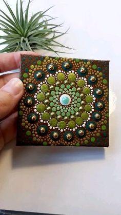 Mandala Canvas, Mandala Artwork, Mandala Dots, Mandala Painting, Mandala Design, Dot Art Painting, Pebble Painting, Fabric Painting, Stone Painting